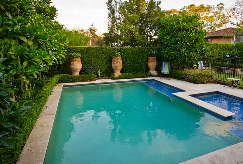Pool landscaping brisbane pool builders landscapers for Garden designs brisbane